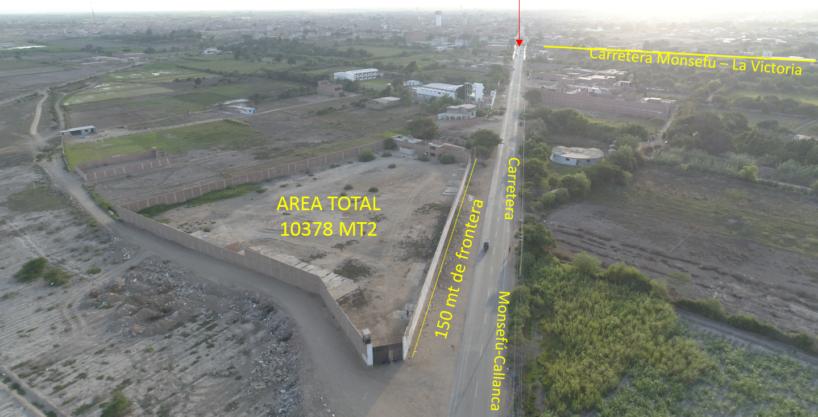 Terreno circulado,  Frente a la carretera  Monsefu-Chiclayo